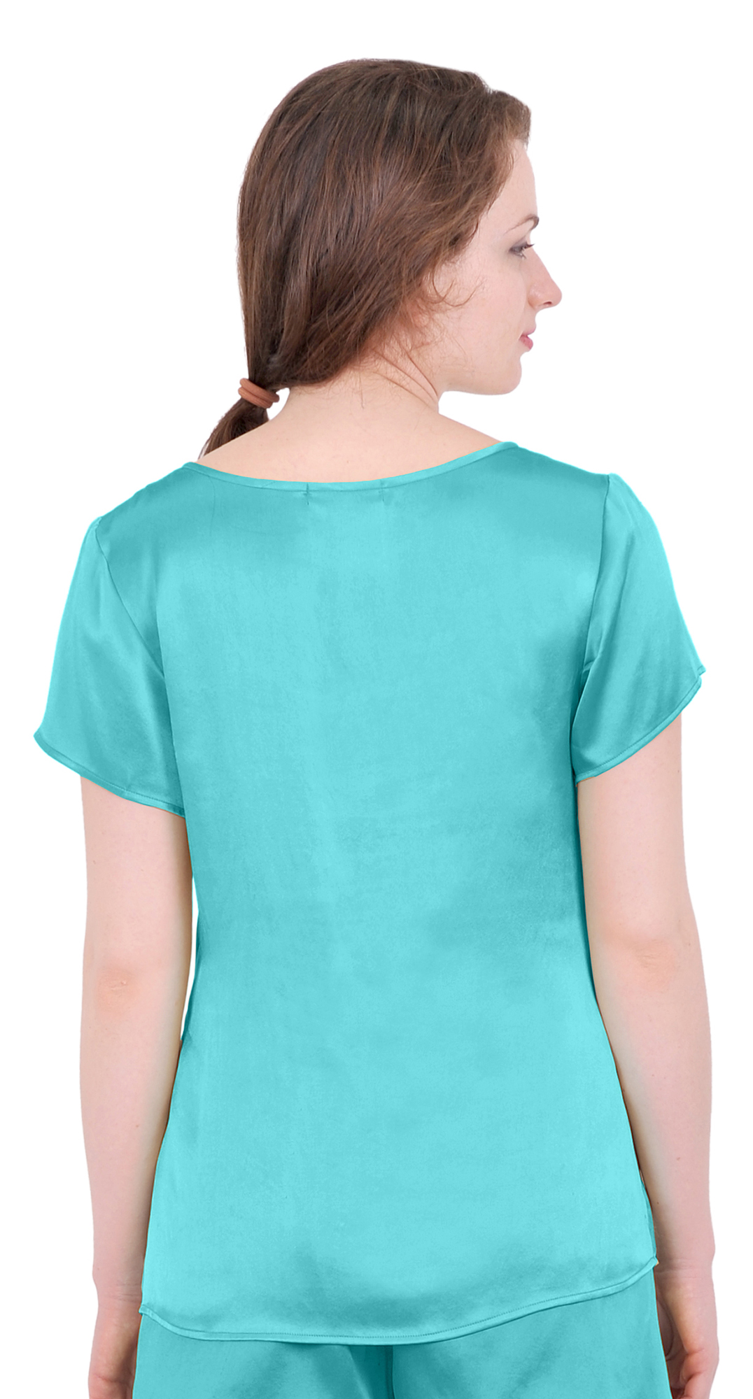 Cute Tops & Blouses. Women's shirts and blouses can vary from casual to ultra sexy. Whether it's one shoulder, a plunging neckline, strapless, sheer, or crop, tops can accentuate any details you want!